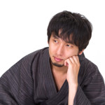 N853_katahijiwotatetekangaekomudansei500-thumb-750x500-1771
